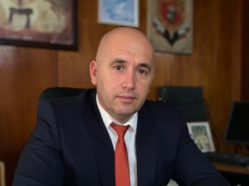 Шефът на ОД на МВР - Бургас Радослав Сотиров хвърли оставка ...